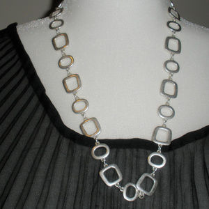"Avon 22"" Chunky Fashion Neclace & Bracelet set"
